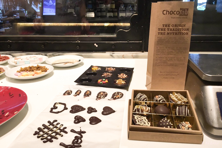 Chocolate Making Class at Chocolab Bangkok Selfmade Pralines Boxes