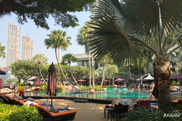 Bangkok Ultimate Travel Guide Shangri-La Pool
