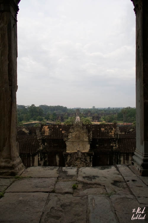 Angkor Wat Pillar View Entrance