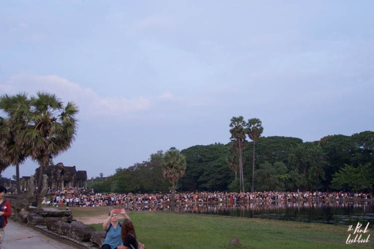 Angkor Wat Sunrise Crowds Lake