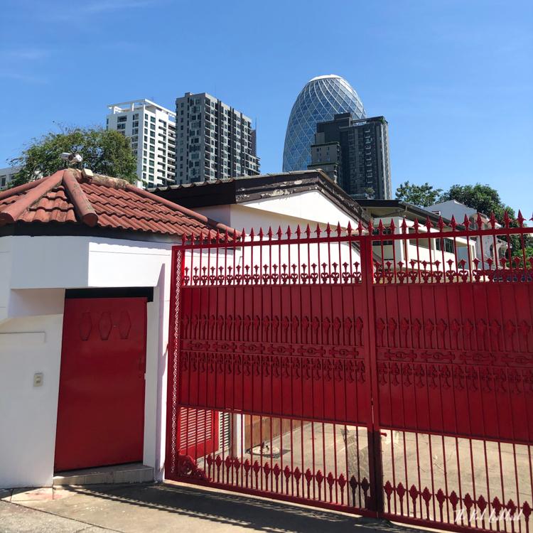 Exploring Bangkoks Neighbourhoods A Walk in Ari Red Gate